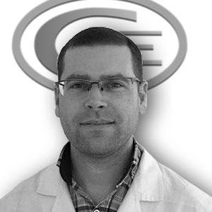 Dr. Lewis, Cristian